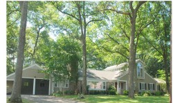 Homes For Sale in Wellesley Cliff Estates Neighborhood 30 Wachusett Rd.