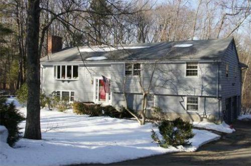 26 Old Farm Rd, Dover MA Home Sale.