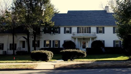 16 Albion Rd, Wellesley, MA Teardown.